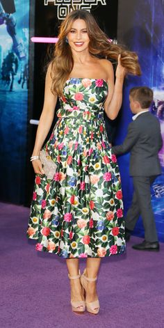 Look of the Day - Sofia Vergara from InStyle.com Sofia Vergara made heads turn in a romantic floral Oscar de la Renta dress ($2,490; matchesfashion.com) paired with nude heels and a coordinating clutch.