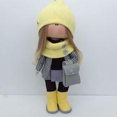 Куколка 26см, выполнена на заказ #кукларучнойработы #кукла #куклы #куклатыквоголовка #люблюдочу #девочкитакиедевочки #детки #хобби #интерьернаякукла #тильда #кукласвоимируками #сделанослюбовью #сделаносдушой #home #hobbi #handmade #madeinrussia #dolls #doll #ярмаркамастеров #москва #москвасити #интерьер #брелок #happydollsbyolesya #текстильнаякукла