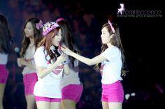Tiffany & Jessica Kpop Girl Groups, Kpop Girls, Snsd, Girls Generation, My Love, Couples, Celebrities, Tiffany, Beauty