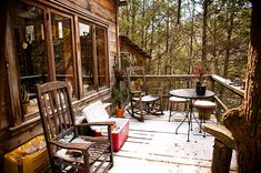 Philotheoristic - treehauslove:   Asheville Treehouse. A permanently...