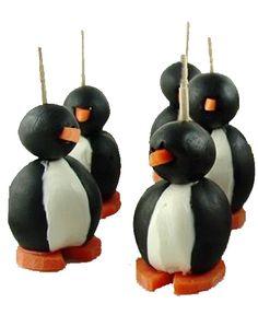 Pingüinos de aceitunas negras y queso