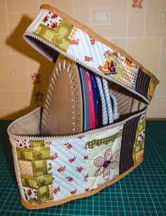 Marvelous Make a Hobo Bag Ideas. All Time Favorite Make a Hobo Bag Ideas. Sewing Hacks, Sewing Tutorials, Sewing Crafts, Sewing Patterns, Sewing Tips, Sac Granny Square, Sewing Studio, Sewing Accessories, Sewing Projects For Beginners