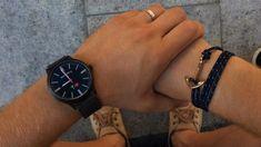 Ni ayer ni mañana el momento es ahora   #ElTiempoDeDiosEsPerfecto Tic Tac, No Me Importa, Wood Watch, Amor, Blue Backgrounds, Clock, Blue Nails, Wooden Clock