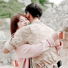 Descendants of the Sun. Desendents Of The Sun, Sun Gif, Descendants Of The Sun Wallpaper, Song Joong Ki Birthday, Kdrama, Song Joon Ki, Sun Song, Korean Drama Series, Movies