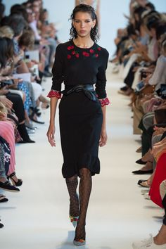Altuzarra Spring 2017 Ready-to-Wear Collection Photos - Vogue