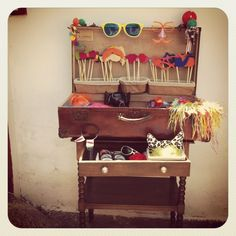 WEDDING DECOR. Carnival rustic photo booth. Vintage suitcase with props.
