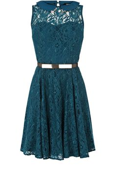 This sleeveless Oasis lace dress has metal tipped collar detail and is belted at the waist. #fashion # oasis with 20% off!