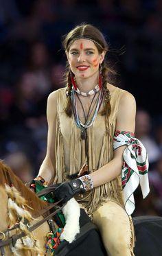 Carlota Casiraghi vestida de india - Libertad Digital