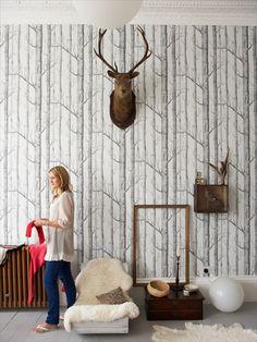 Soho Management - James Merrell - Portraits | dit kan ook: behang op de hoge wand in de keuken | mooi in combinatie met warm hout | met een paar hertenkoppen of geweien uit de verzameling.