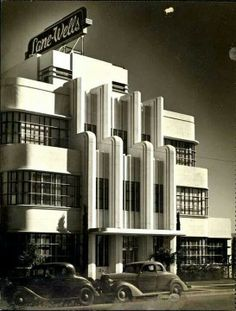 How stunning is the art deco architecture on this building? It was the Lane-Wells Company headquarters in Los Angeles, circa - How stunning is the art deco architecture on this building? It was the Lane-Wells Company headquarters in Los Angeles, circa - Estilo Art Deco, Arte Art Deco, Moda Art Deco, Architecture Art Nouveau, Amazing Architecture, Art And Architecture, Architecture Details, Vintage Architecture, Deco Cars