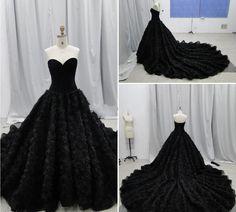 2016 Chich Gothic Wedding Dresses Ball Gowns Sweetheart Handmade Flowers Corset Chapel Wedding Dresses Vintage Black 2017