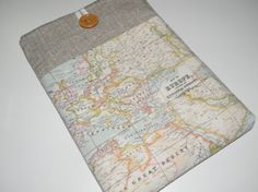 laptop sleeve // love the map fabric