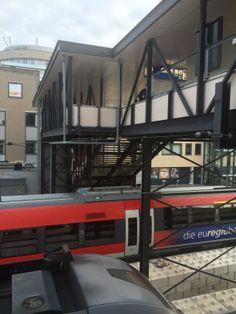 15 mei met de trein naar Den Bosch... door staking poetsers erg smerig in de trein