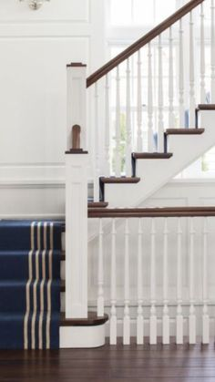 Bannister, Entryway, Stairs, Home Decor, Entrance, Stairway, Main Door, Staircases, Interior Design