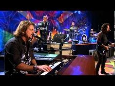 Ringo Starr playing with The Beach Boys July 4th 1984 1 - YouTube #TheBeachBoys