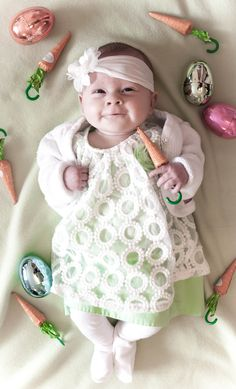 baby's 1st Easter photo shoot