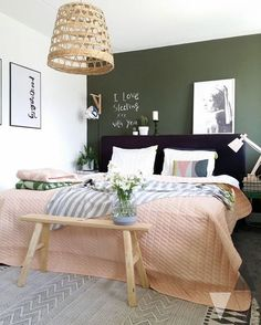 home accents walls Scandinavian style bedroom with dark green wall. We examine the three key ways to go green with the new interior design trend for dark green walls. From Scandinavian style to gold and copper accents, to emerald green and monochrome. Bedroom Green, Green Rooms, Home Bedroom, Master Bedroom, Bedroom Ideas, Bedroom Designs, Bedroom Inspiration, Olive Bedroom, Bedroom Pictures
