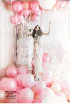 New Party Fashion Editorial Photography Tim Walker Ideas Pretty In Pink, Pink Love, Perfect Pink, Love Balloon, Pink Balloons, Balloon Party, Balloons Galore, Balloon Backdrop, Birthday Balloons