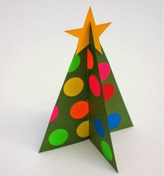 Polka Dot Paper Christmas Tree | Include a Christmas tree template in with my Christmas card to loved ones. They'll have such fun with these free printables.