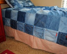 Most adorable recycled jean bed quilt with side pockets! - Hideaway Girl: Country Living