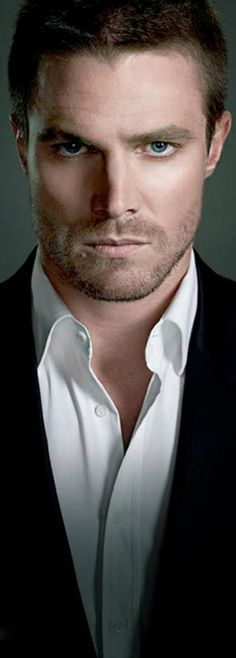 Stephen Amell looking very fifty shades