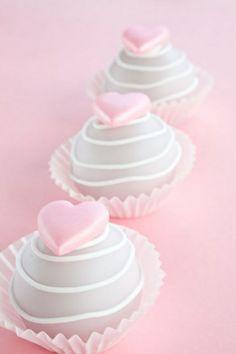 Valentine Cake Bites ~ Valentine's Day