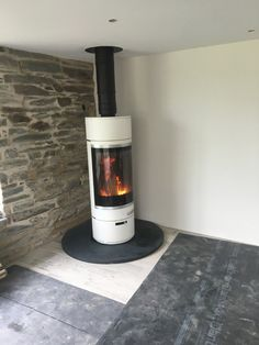 Kernow Fires Scan 85 in St Merryn wood burning stove installation in Cornwall. Contemporary Wood Burning Stoves, Modern Stoves, Wood Burner Fireplace, Stove Installation, Modern Fire Pit, Freestanding Fireplace, Pellet Stove, Wood Burning Fires, Log Burner