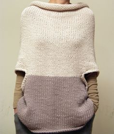 Elementum poncho-y sweater. Knitting Projects, Crochet Projects, Knitting Patterns, Crochet Patterns, Wool Cape, How To Purl Knit, Pulls, Hand Knitting, Knitting Machine