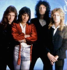 John Deacon, Freddie Mercury, Brian May, Roger Taylor Queen Ii, I Am A Queen, Save The Queen, Queen Pictures, Queen Photos, Queen Freddie Mercury, Queen Band, John Deacon, Adam Lambert