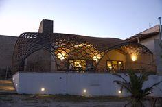 Masseria Ospitale Restaurant Coverage: wood post formed gridshell    www.cmmkm.com