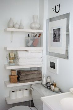 Bathroom Shelving | Great use of small space