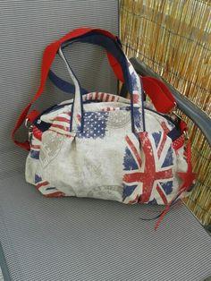 Kugeltasche Farbenmix Taschenspieler 2 Patchwork Bags, Sewing Hacks, Diaper Bag, Pattern, Bags Sewing, Diaper Bags, Patterns, Mothers Bag, Model