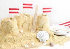 Wow! Sand Castle Ice Cream Cake Fancy Desserts, Just Desserts, Sand Castle Cakes, Cream Cake, Ice Cream, Frozen Summer, Dessert Blog, Graham Cracker Crumbs, Graham Crackers