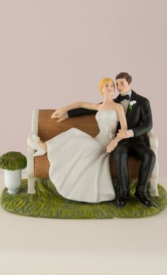 Cute bride & groom cake topper.