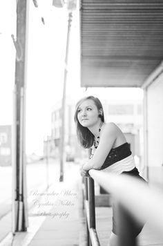 Senior / Female portrait / VA Photographer / Downtown Scene / Formal Dress