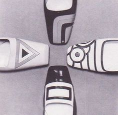 Love these cool flats. I recently found a workable pattern for small scale doll shoes, and I can't wait to try to recreate vintage shoes like these.