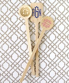 Monogram Drink Stirrers Set of 100 Choice of over 14 Signature Monograms and 22 foil ink color - Holiday Gift Guide for Her - Meadoria Diy Monogram, Monogram Styles, Monogram Initials, Hostess Gifts, Holiday Gifts, Christmas Gifts, Drink Stirrers, Gift Guide, Party Supplies