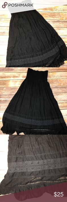 American Eagle Black tube dress EUC! Worn once. Trying to clear my closet for all the dresses I recently purchased on here lol. Never fit me quite right. Can be used as swim cover up or by itself. Tried to show the two layers it has. Super cute! Make me an offer !! 🌈🦄🤟🤗😉💓💗 American Eagle Outfitters Dresses Strapless