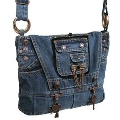 Steampunk Bag / Denim Purse / Recycled Denim by kkdesignerhandbags Diy Jeans, Goth Vintage, Vintage Teen, Mochila Jeans, Diy Sac, Bags For Teens, Denim Purse, Denim Ideas, Denim Crafts
