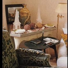 """""""Le Clos Fiorentina, Cap Ferrat, as done by Hubert de Givenchy, Part Living room detail. This is a close-up of the right corner of the room that…"""" Boutique Interior Design, Ferrat, French Fashion Designers, Beautiful Interiors, Magazine Design, Timeless Design, The Good Place, 18th, Living Room"""
