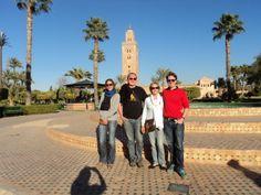 devant la Koutoubia à Marrakech