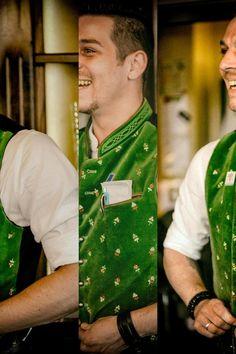 Fertig machen fuer die Abendschicht.    Goerreshof - Dein bayerisches Restaurant in Muenchen   www.goerreshof.de #Goerreshof #bayerisches #Wirtshaus #Restaurant #Biergarten #Muenchen #Maxvorstadt #Schwabing #Augustiner #bayrisch #guad #Traditionshaus #bavarian #placetobe