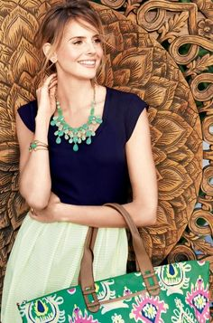 Stella & Dot Linden Necklace Green ~ Leap into Spring with this vibrant necklace. Tonal hues of green in custom blended hand set stones set in brass casting. Trendy Necklaces, Green Necklace, Spring Looks, A Boutique, Fashion Necklace, Latest Fashion Trends, Style Me, Street Style, Style Inspiration