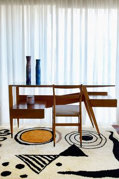 Tutto Ponti, Gio Ponti archi-designer - du 19 October 2018 au 5 May 2019 Gio Ponti, French Furniture, Modern Furniture, Furniture Design, Furniture Ideas, Futuristic Furniture, Furniture Stores, Cheap Furniture, Garden Furniture