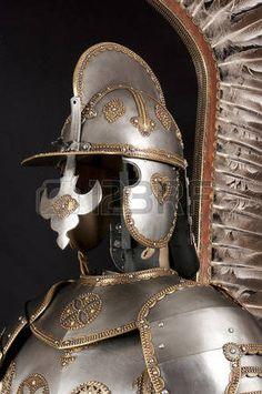 caballero medieval: Armadura del caballero medieval. Metal protección del soldado contra el arma del oponente