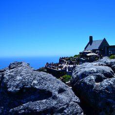 There is no end #CapeTown #Mothercity #5yearsofTheLifesWay #TheLifesWay #Photoyatra . . . . #mobilePhotography #Blogger #aashishRai #TravelJournalist #Johannesburg #SouthAfrica #SocialMediainfluencer #LovelyToLookAt #TableMountain #Traveldestination #DecemberTrips #HolidaysSeason #Amustplacetovisit #ig_myshot #shotwithlove #icatching #AtlanticOcean #LocalGuides #instagrammer #followme #FollowYourBliss www.thelifesway.com