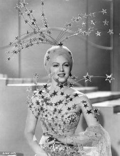 "Hollywood Kitsch: Lana Turner's amazing costume in ""Ziegfeld Girl"", Old Hollywood Glamour, Golden Age Of Hollywood, Vintage Glamour, Hollywood Stars, Vintage Beauty, Vintage Fashion, Lana Turner, Busby Berkeley, Divas"