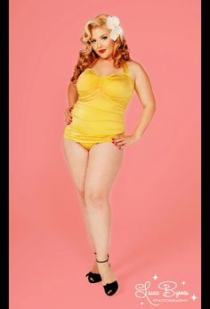 Love the 60's style swimsuit!