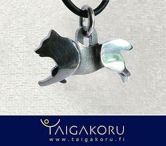 R48 Lapinkoira, riipus, kaulakoru, koru, hopea, hopeakoru, Suomenlapinkoira. Lapland dog, Lapphund, silver, pendant. www.taigakoru.fi