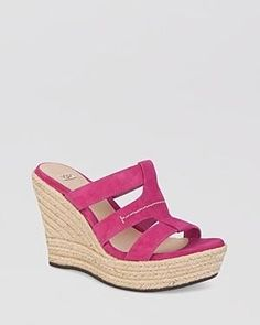 UGG Austrailia #wedge #sandals